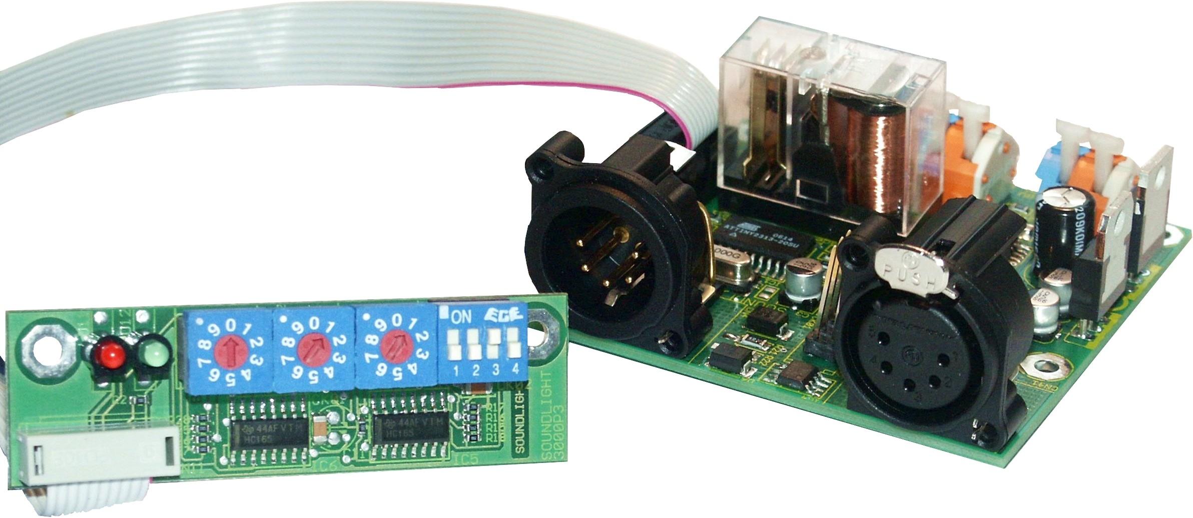 3221C-EP   Combikaart,1x relais en 2x  0 - 10 V