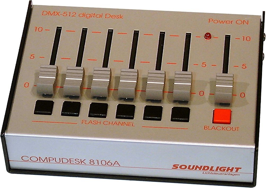8106A-FG | Lichtmixer 6-kanalen DMX-512