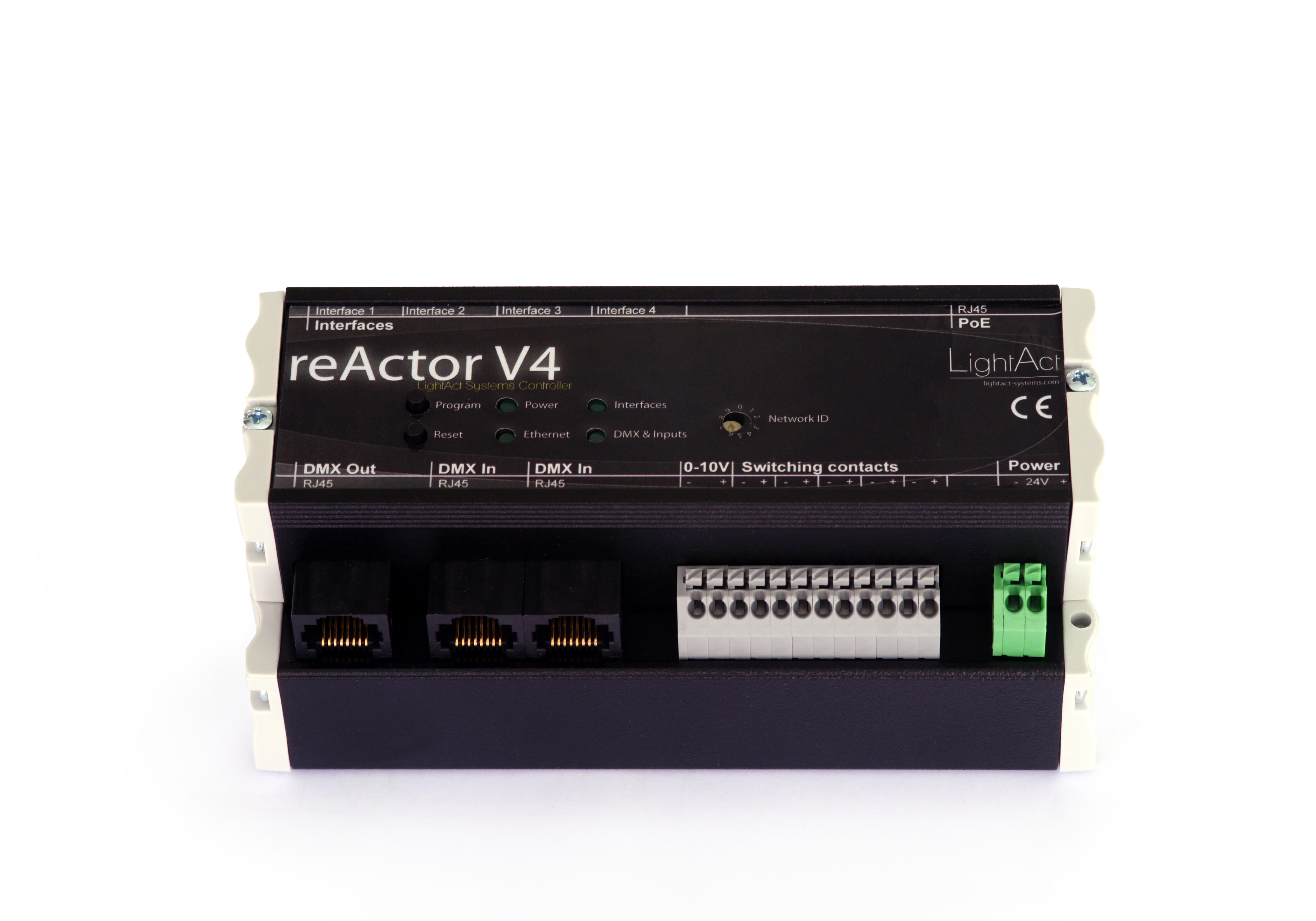 Reactor V4 met 4 interface connectors